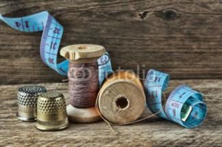 Murales Bovinas de hilos, dedales y cinta metrica